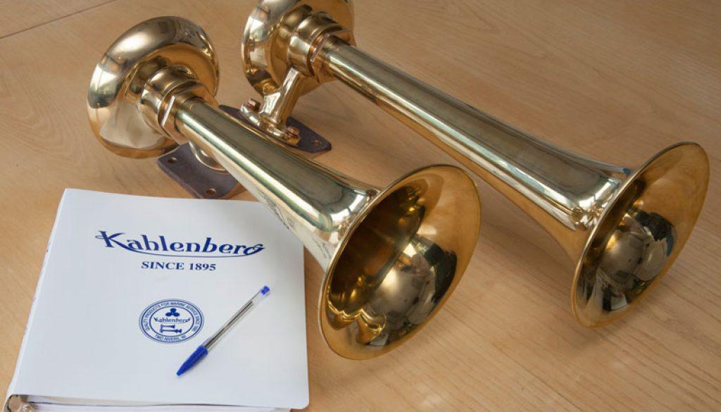 Kahlenberg D2 brass airhorn