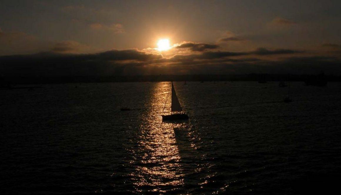 yacht-sailing-sunset